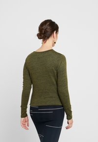 Cotton On - MATERNITY CROSS OVER FRONT LONG SLEEVE - Sweter - olive night - 2