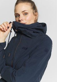 Jack Wolfskin - LAKESIDE JACKET  - Outdoor jakke - midnight blue - 4