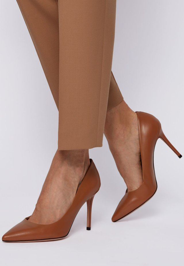 EDDIE - High heels - brown
