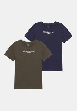 JJBANK TEE CREW NECK 2 PACK - T-shirts print - forest night/navy blazer