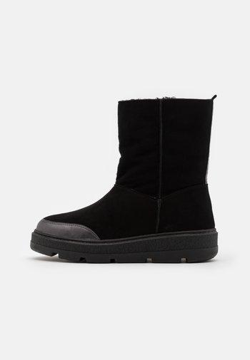 FLOU - Winter boots - black/light metal antracite