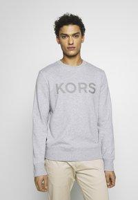 Michael Kors - GARMENT DYE LOGO - Sweatshirt - heather grey - 0