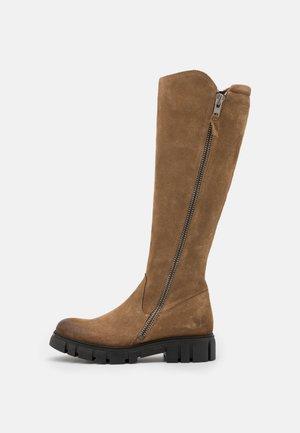 SAURA - Platform boots - marvin stone