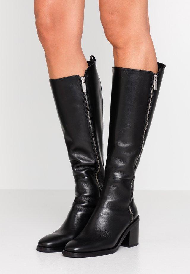 ALEXA  - Vysoká obuv - black