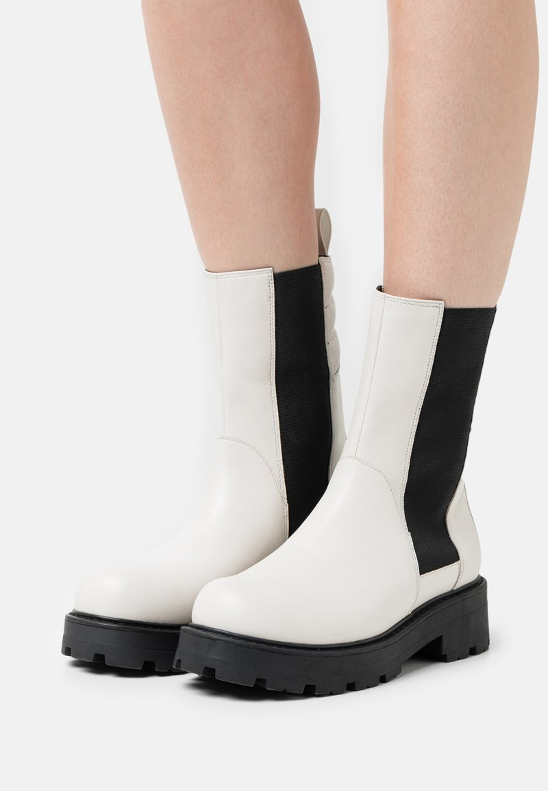 Vagabond - COSMO - Platform ankle boots - offwhite