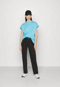 Weekday - PRIME - T-shirt basique - turquoise light - 1