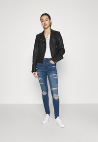 American Eagle - CURVY JEGGING - Jeans slim fit - sky blue - 1