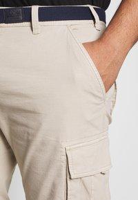 s.Oliver - BERMUDA - Shorts - brown - 5