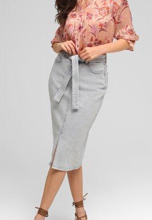 Pencil skirt - light gray denim