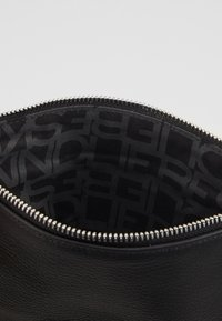 Liebeskind Berlin - VSALOE - Clutch - black - 4