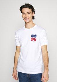 Wood Wood - SAMI  - Print T-shirt - bright white - 0