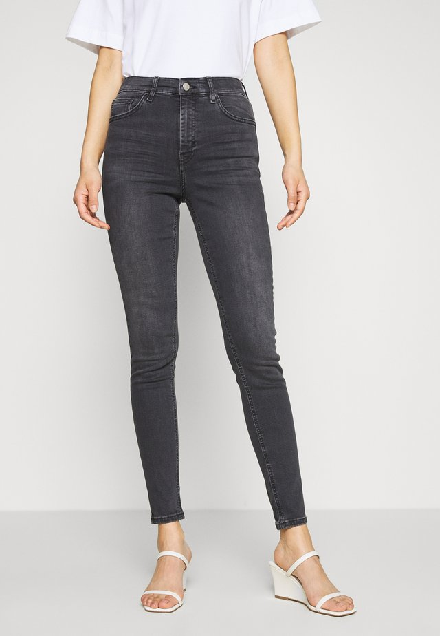 JAMIE CLEAN - Jeansy Skinny Fit - black denim