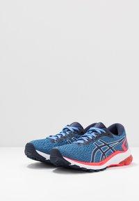 ASICS - Stabilní běžecké boty - blue coast/peacoat - 2