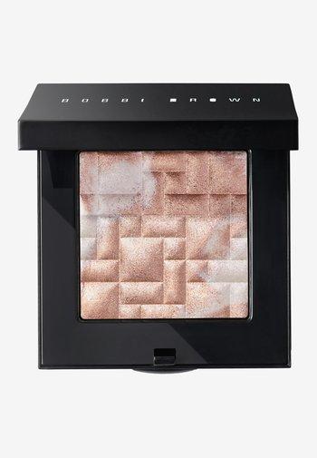 HIGHLIGHTING POWDER - Highlighter - pink glow