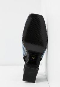 Kat Maconie - EMILINE - Classic heels - black - 6
