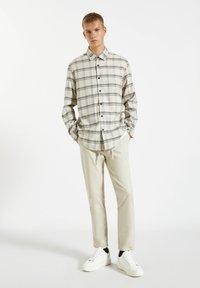 PULL&BEAR - Shirt - beige - 1