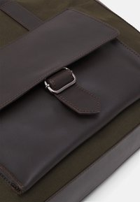 Pier One - SET - Briefcase - khaki - 2