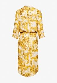 Soaked in Luxury - ZAYA DRESS - Day dress - gold - 1
