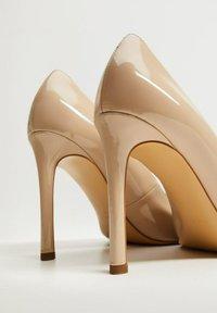 Mango - MANU - Classic heels - beige - 5