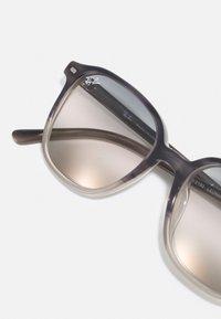 Ray-Ban - Sunglasses - grey havana - 4