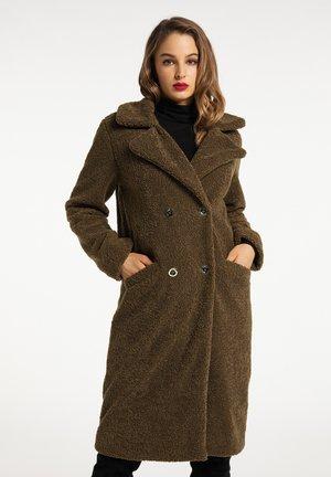 Krátký kabát - oliv