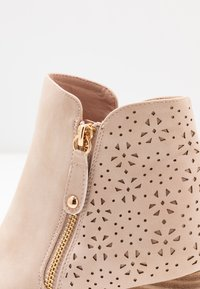 H.I.S - Ankle boot - nude - 2