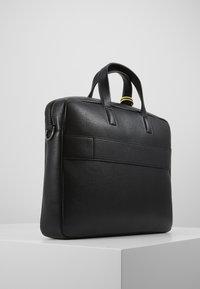 Calvin Klein - POCKET LAPTOP BAG - Aktówka - black - 3
