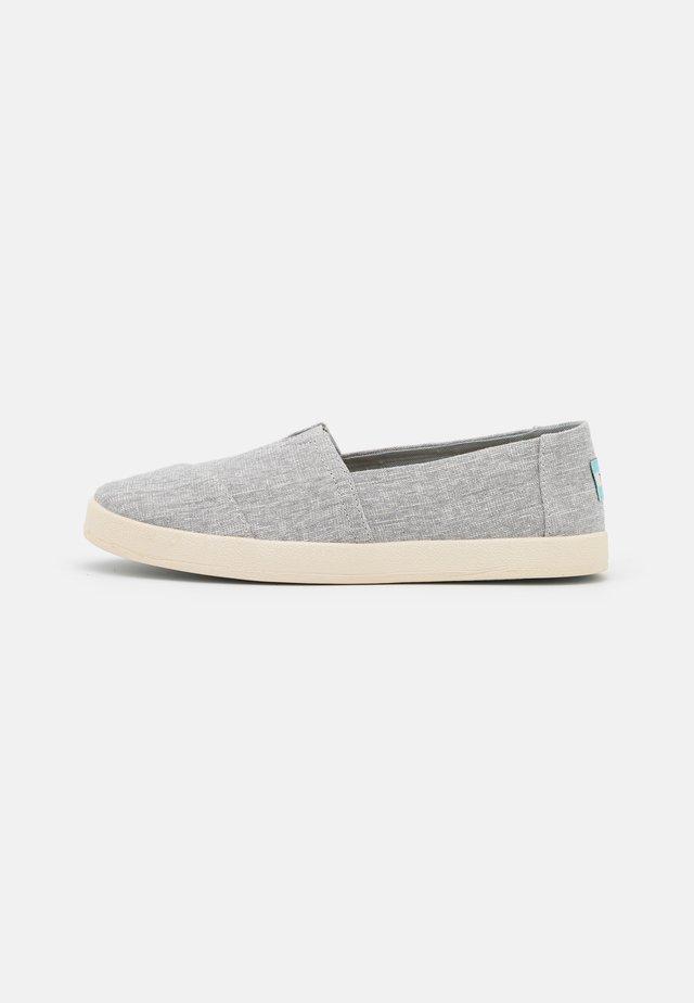 AVALON VEGAN - Nazouvací boty - grey