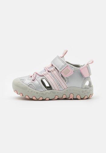 BAYARD - Sandals - plata