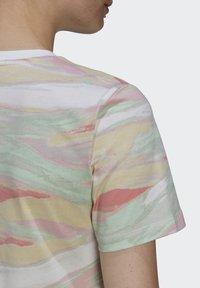 adidas Originals - TEE - T-shirts print - multicolor - 5