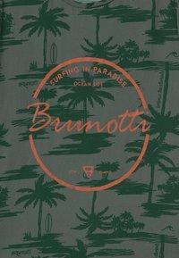 Brunotti - BEN UNISEX - Print T-shirt - vintage green - 2