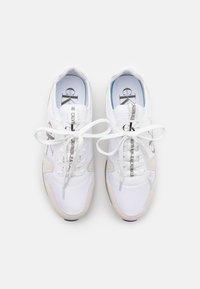 Calvin Klein Jeans - RUNNER SOCK LACEUP  - Tenisky - bright white - 3