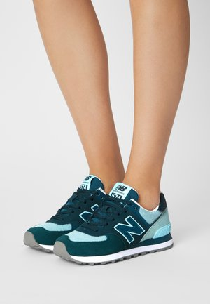 574 - Trainers - teal
