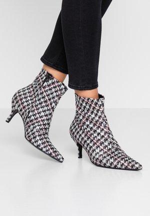 Korte laarzen - multicolor
