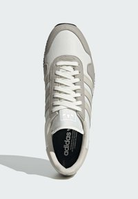 adidas Originals - USA 84 UNISEX - Baskets basses - light brown/clear brown/off white - 1