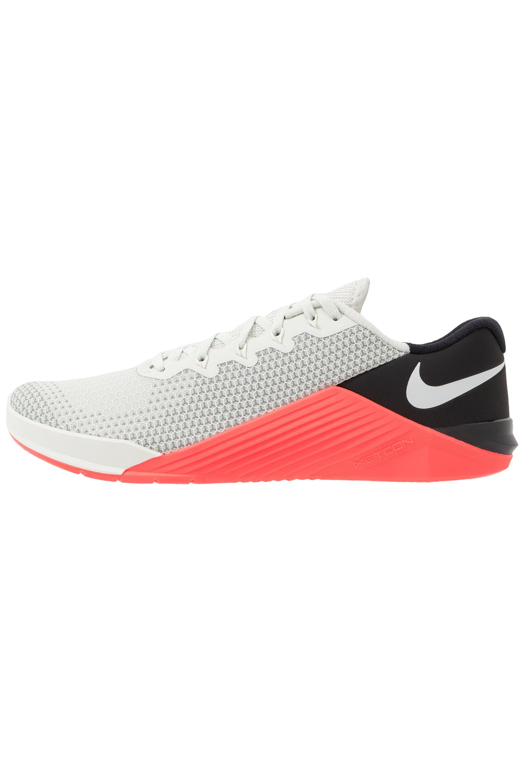 Nike Performance METCON 5 Treningssko spruce auralaser