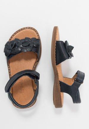 LORE FLOWERS MEDIUM FIT - Sandals - dark blue