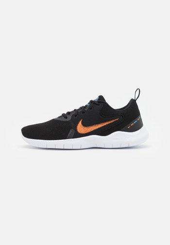 FLEX EXPERIENCE RN 10 - Chaussures de running neutres - black/total orange/coast/white/dark smoke grey