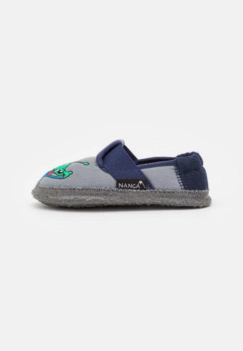 Nanga - UFO - First shoes - mittelgrau