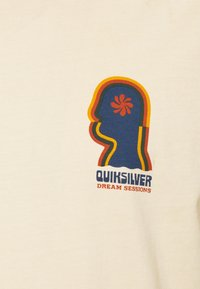 Quiksilver - EARTH RUNNING - T-shirt con stampa - antique white - 2