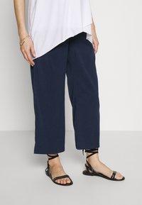 MAMALICIOUS - MLTILDE 7/8  PANTS - Kalhoty - dress blues - 0