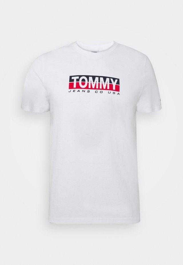 CONTRAST UNISEX - Camiseta estampada - white