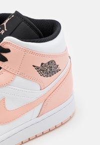 Jordan - AIR 1 MID - Zapatillas altas - art basel/orange - 5