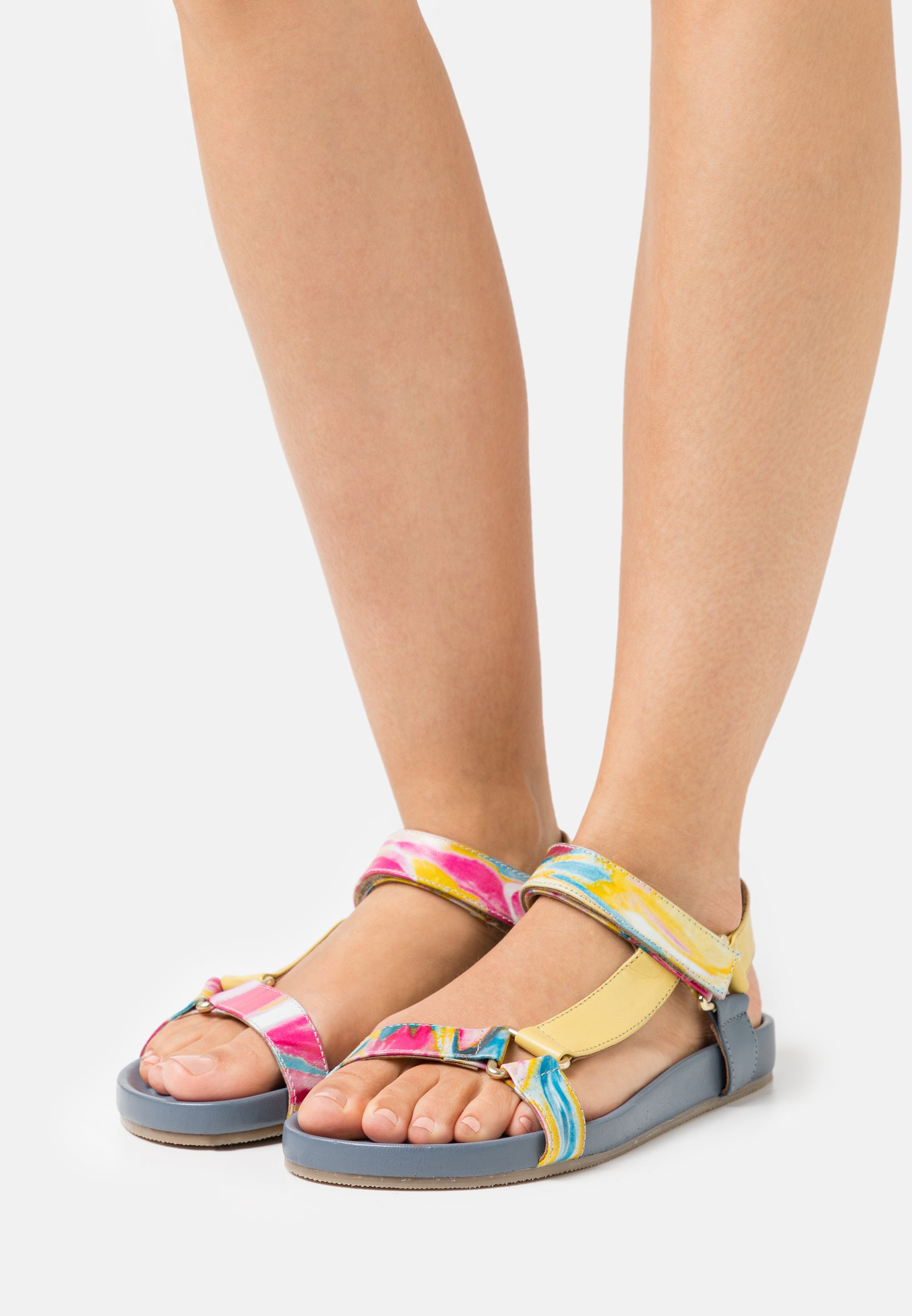 Women PEACE - Sandals