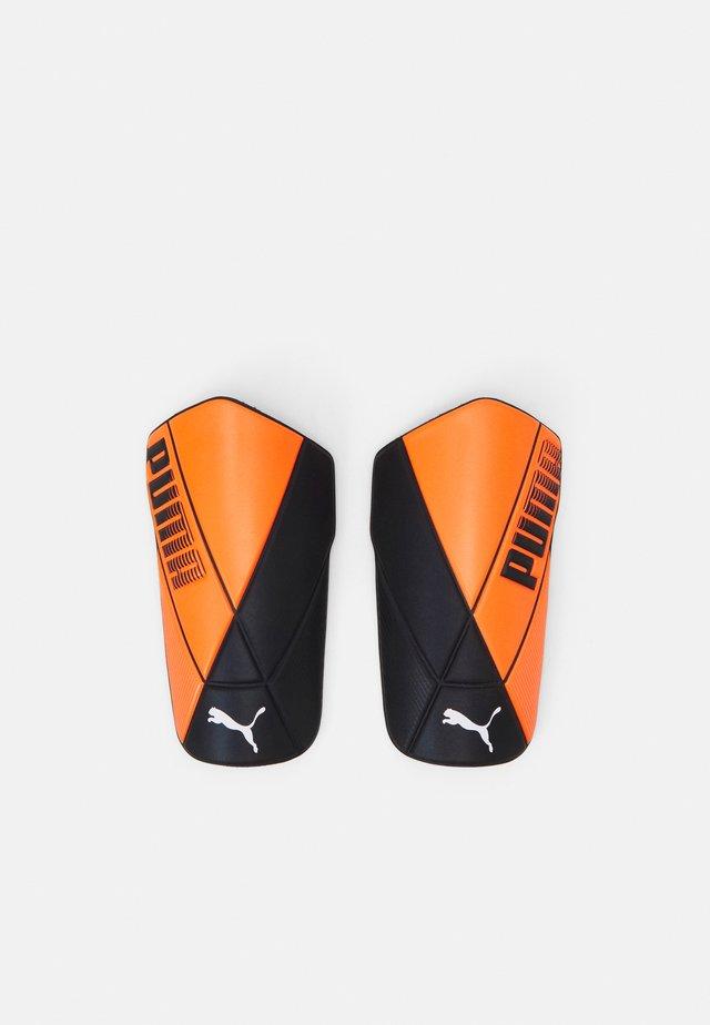 ULTIMATE FLEX UNISEX - Leggbeskyttere - shocking orange/black white