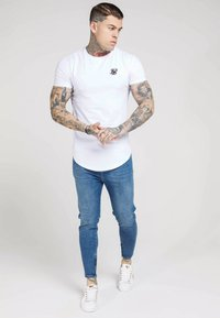 SIKSILK - Camiseta básica - white - 1