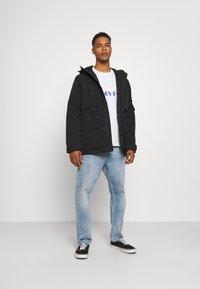 Levi's® - DOGPATCH TACTICAL - Winter jacket - blacks - 1