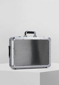Alumaxx - Briefcase - silver - 0