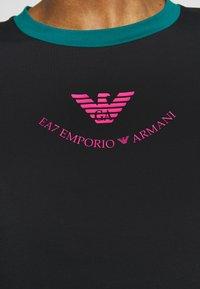 EA7 Emporio Armani - T-shirt print - black - 5