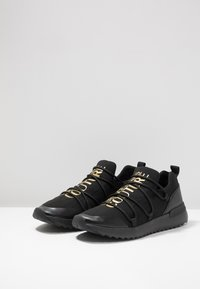 Versace Jeans Couture - LINEA SUPER - Baskets basses - black/gold - 2